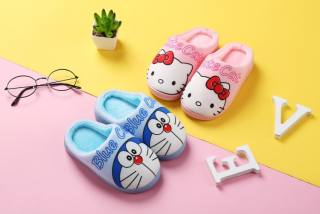 Dép mang trong nhà hình doremon và mèo dễ thương cho bé từ size 26-37 .DEP06.