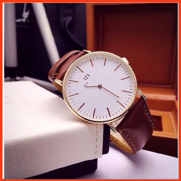 Nơi bán ( Đeo là chất) Đồng hồ DW nam nữ dây da D8732 sang trọng lịch lãm