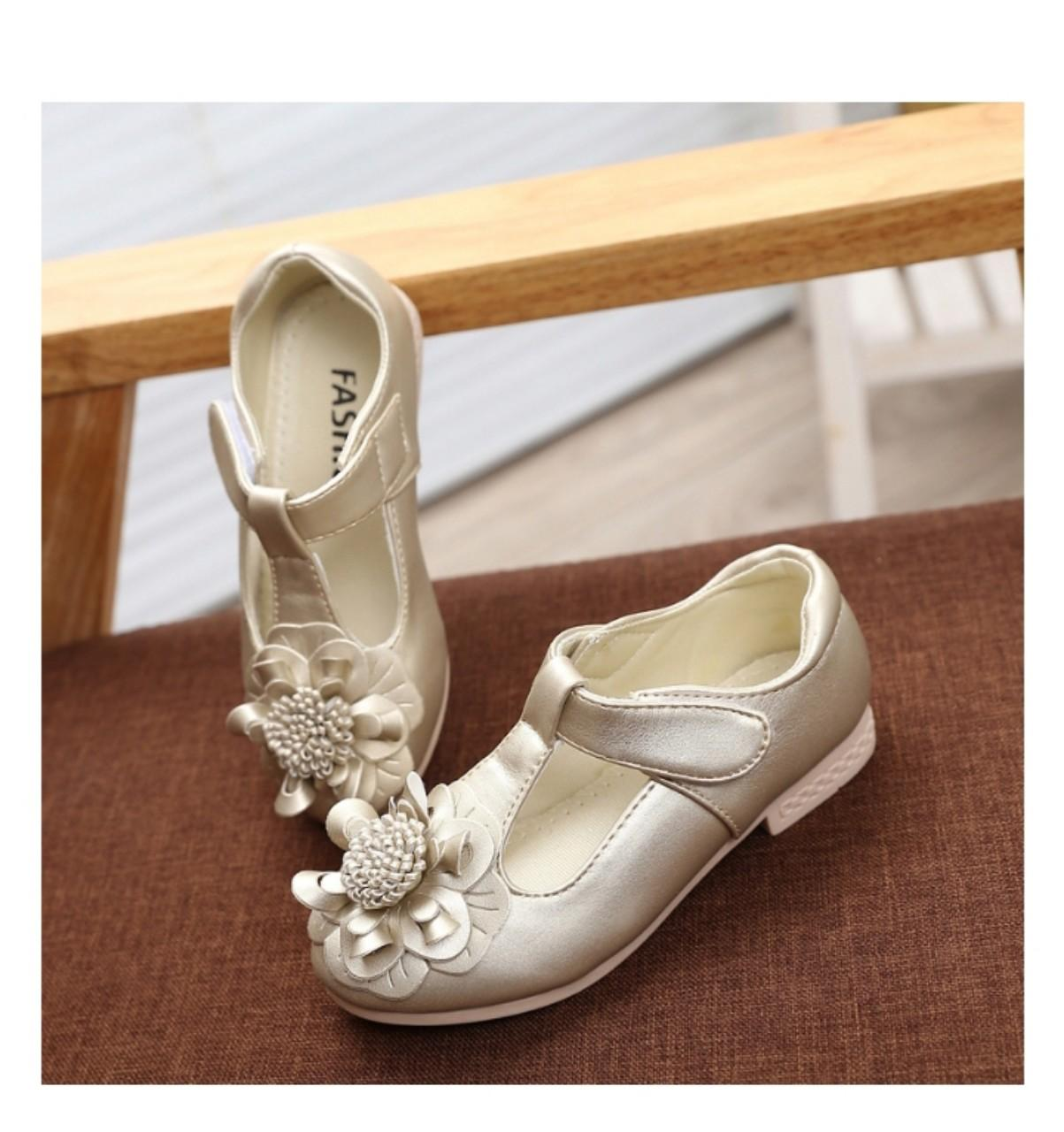 Giá bán Giày công chúa đính hoa Hàn Quốc - Vàng Kim NL003