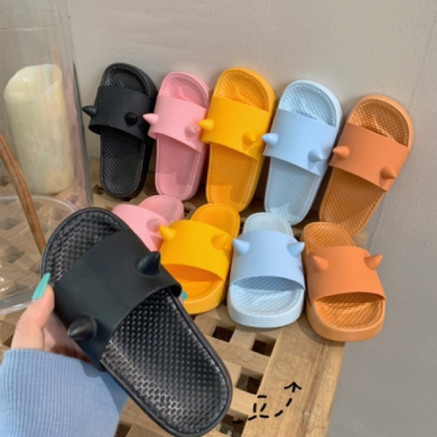 (VIDEO) Dép quai ngang nhựa dẻo 2 sừng siêu xinh - dép đi trong nhà - dép cao su - dép mùa hè giá rẻ