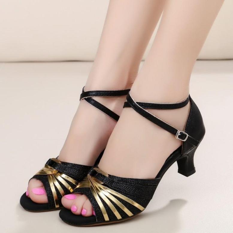 Giày cao gót khiêu vũ cực xinh giá rẻ