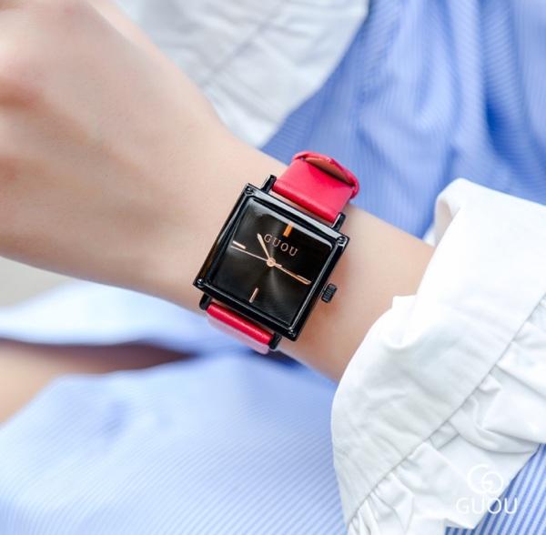 Đồng hồ nữ dây da mặt vuông siêu đẹp Guou 8096 bán chạy
