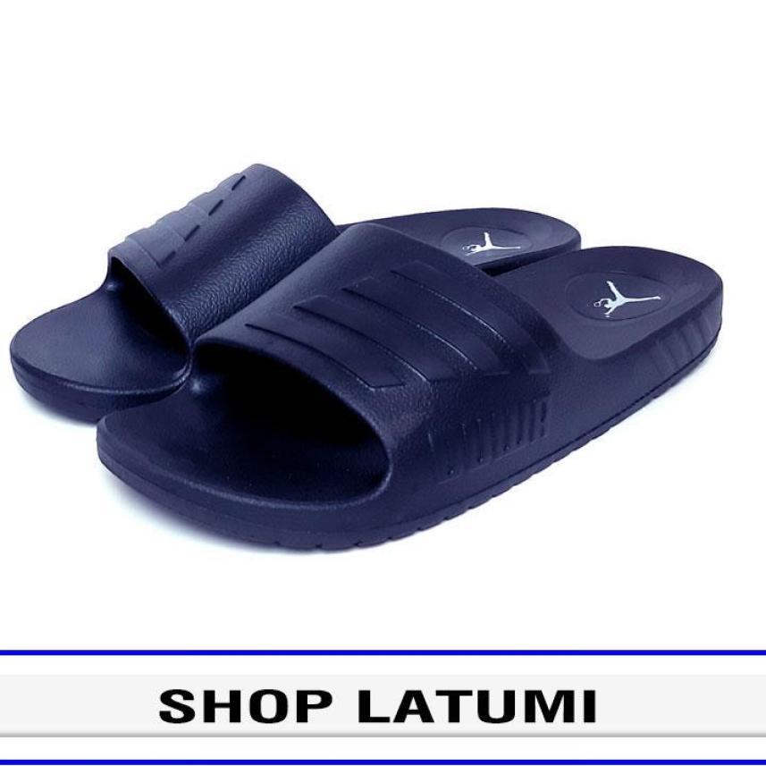 Dép quai ngang Nam Nữ thời trang cao cấp Latumi TA2506 phong cách đơn giản nhưng vẫn hiện đại (Xanh Đen) giá rẻ