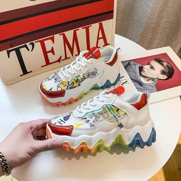Mùa hè 2020 với giày thể thao đa màu sắc thoáng khi độn đế. giá rẻ