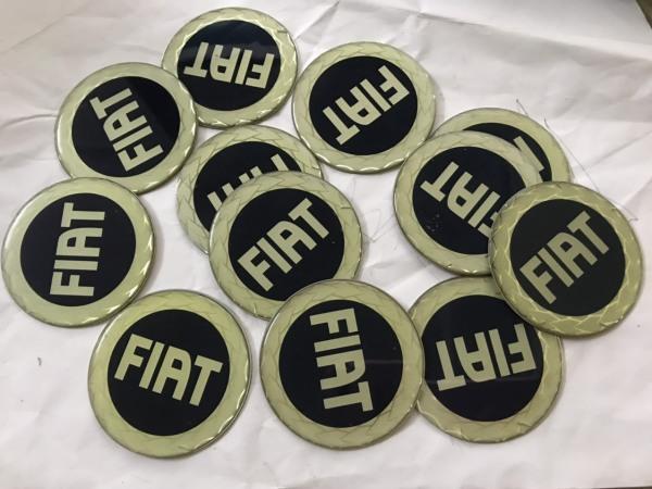 Logo Fiat giá bán tính 1 cái
