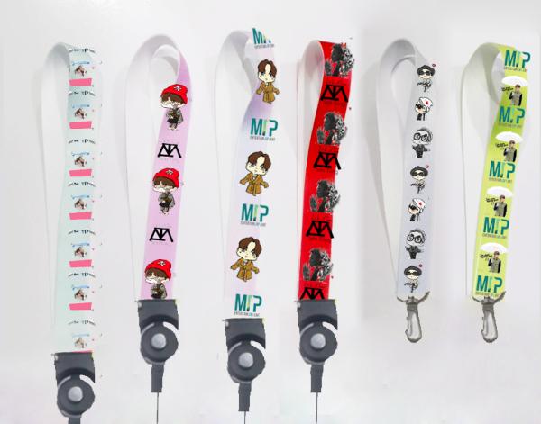 dây strap sơn tùng STI30 mtp hoạt hình name tag ngắn cute dễ thương 15cm