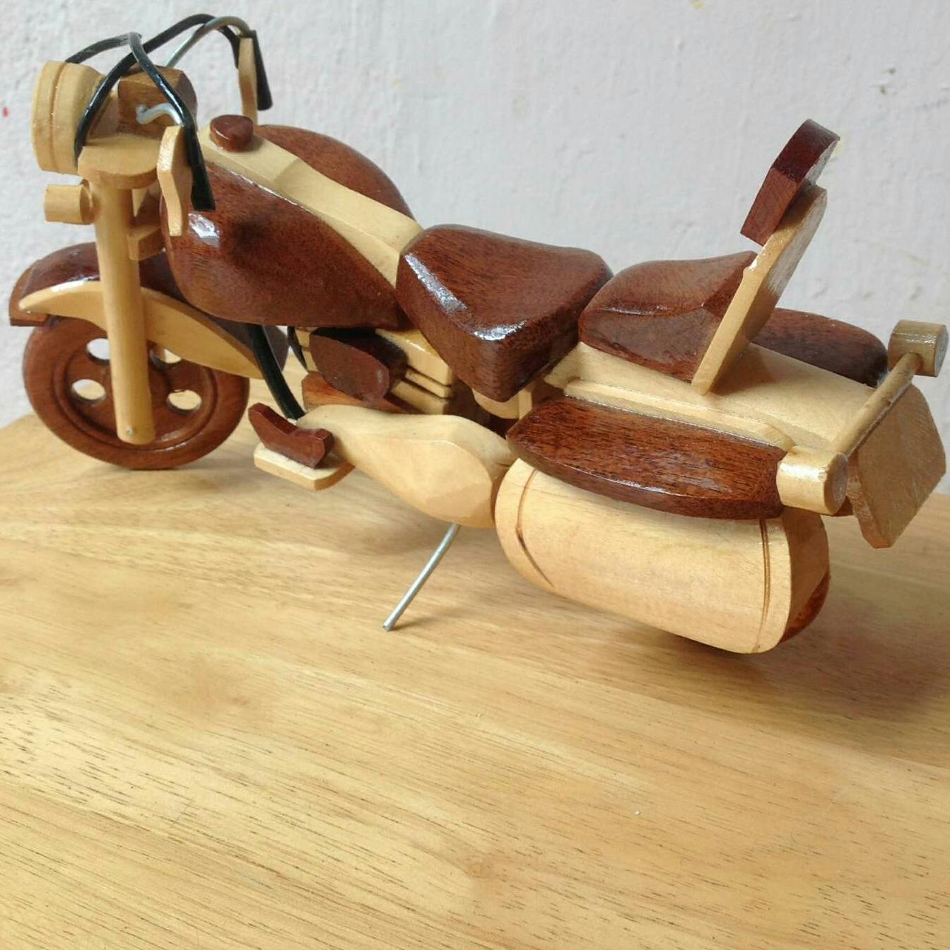 Mua xe mô hình mô tô bằng gỗ mỹ nghệ