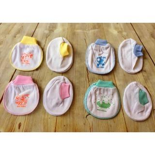 Combo 1 bộ bao tay chân bo bé sơ sinh Minh Hoàng( màu,trắng) thumbnail