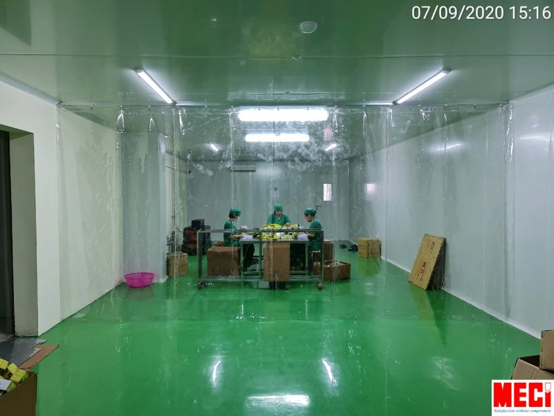 Rèm nhựa PVC khổ lớn dày 0.8 đơn giá trên m2