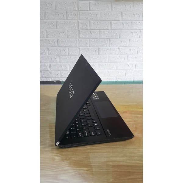 Bảng giá Laptop cũ Sony Vaio SVS13 - Core i3, Siêu mỏng, có Led bàn phím Phong Vũ