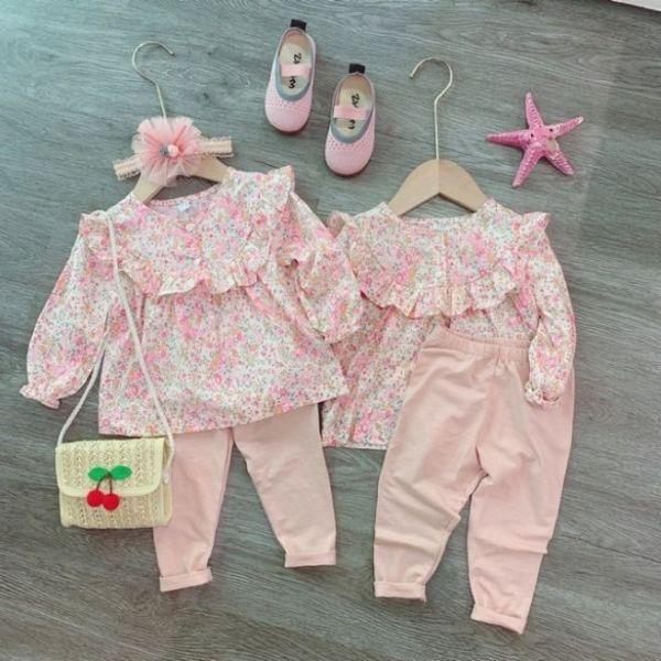 Bộ áo hoa nhí với quần legging hồng dễ thương cho bé gái