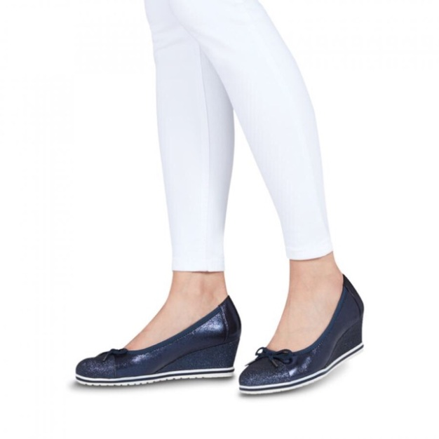 Giày công sở đế xuồng Tamaris xuất xịn, sản phẩm chất lượng, cam kết hàng nhận được giống hình, đảm bảo cung cấp mặt hàng đang được săn đón giá rẻ
