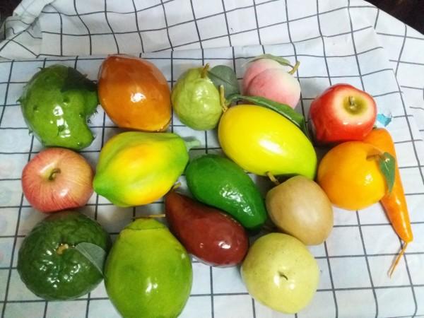 Combo 10 loại trái cây trang trí. Combo 10 loại trái cây trang trí tự chọn. Hàng uy tín chất lượng, cam kết giá tốt.