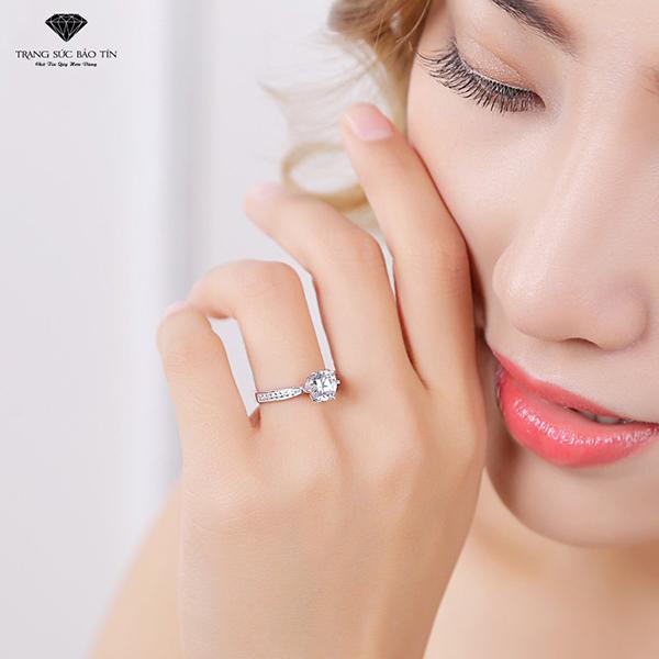 Nhẫn Nữ, Nhẫn Bạc Nữ, Nhẫn Nữ Đẹp, Nhẫn Đá, Nhẫn Mặt Đá, Nhẫn Bạc Nữ Kiểu  Đẹp Đính Đá  - Thương Hiệu Bảo Tín