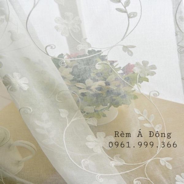 Rèm voan thêu hoa dây trang trí nhà cửa , sản phẩm tốt, chất lượng cao, cam kết sản phẩm nhận được như hình