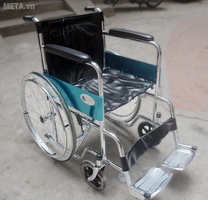 Xe lăn gọn nhẹ di chuyển dễ dàng LUKY khung mạ crom cho người đi lại khó khăn