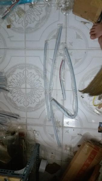 Bộ 8 chi tiết Nẹp viền cong kính xe Lacetti form 2004-2008