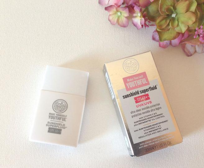 Kem chống nắng Soap & Glory Make Yourself Youthful Sunshield Superfluid SPF50+ 30ml