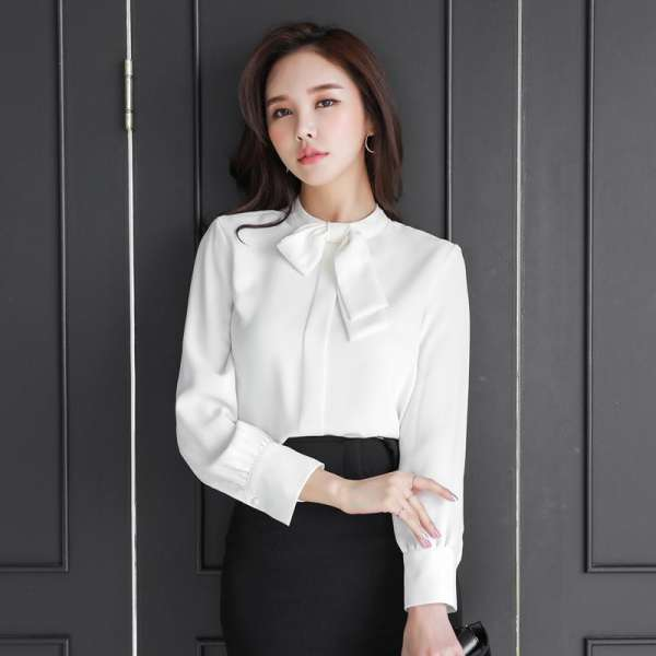 những kiểu áo sơ mi trắng, áo sơ mi trắng classic, áo sơ mi trắng cổ vuông, áo sơ mi trắng tay loe, áo sơ mi trắng tay phồng