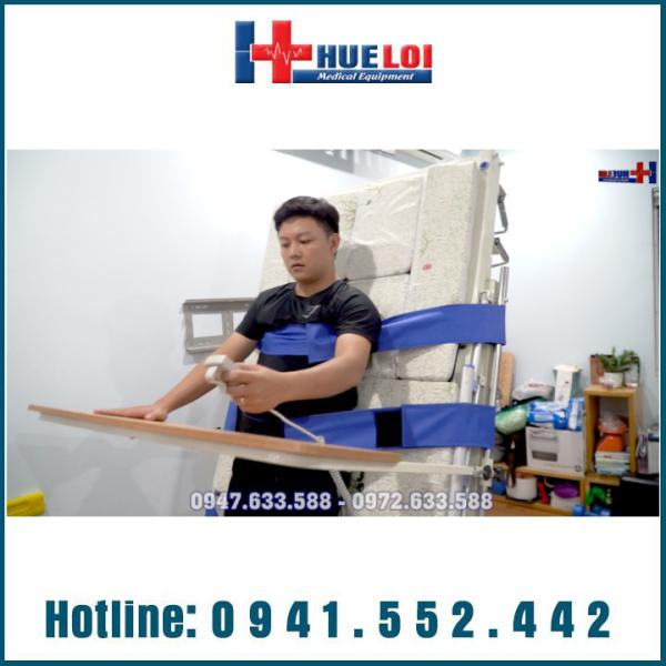 Giường bệnh nhân đa năng cao cấp kèm tính năng tập đứng