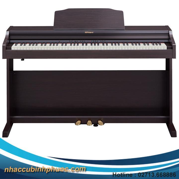 Đàn Piano Roland RP 302 Giá Rất Tiết Kiệm