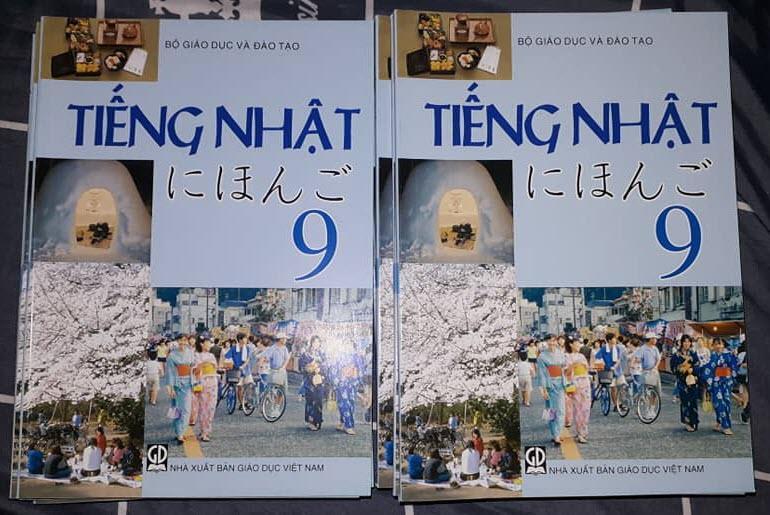 Mua Sách giáo khoa tiếng Nhật lớp 9 (tặng ebook ảnh sách giáo viên lớp 9 + 1 ebook PPCT)