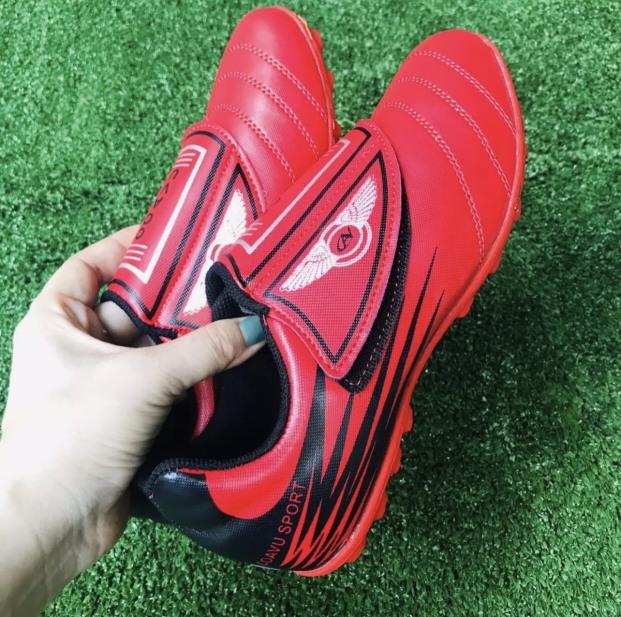 Giày đá bóng giày đá banh em bé giá rẻ