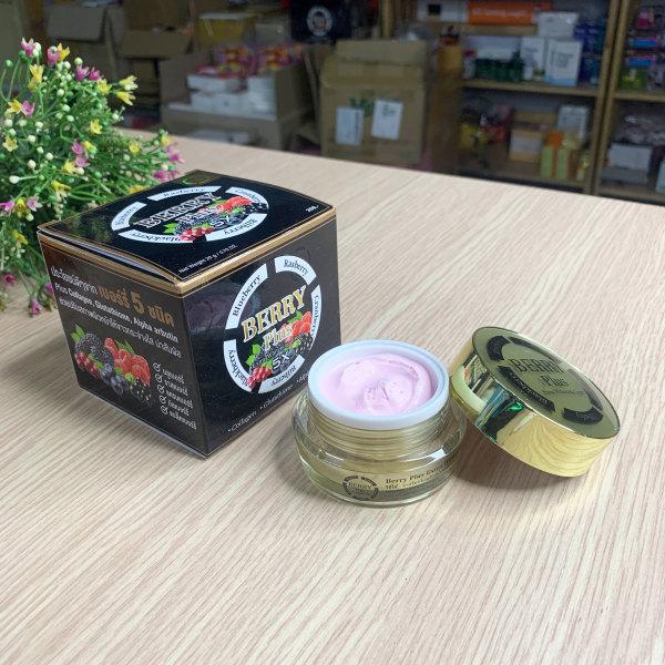 Kem trị nám Berry Plus Extra Whitening Cream - Thái Lan