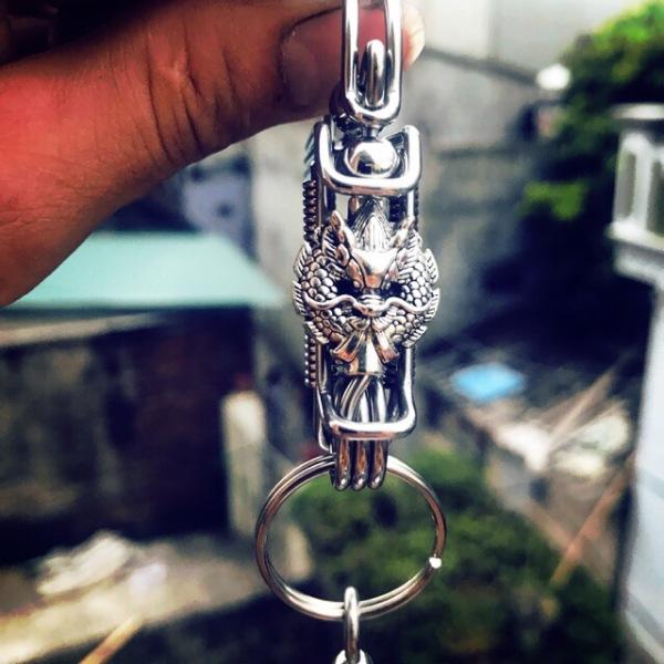 Mua móc khóa RỒNG huyền bí