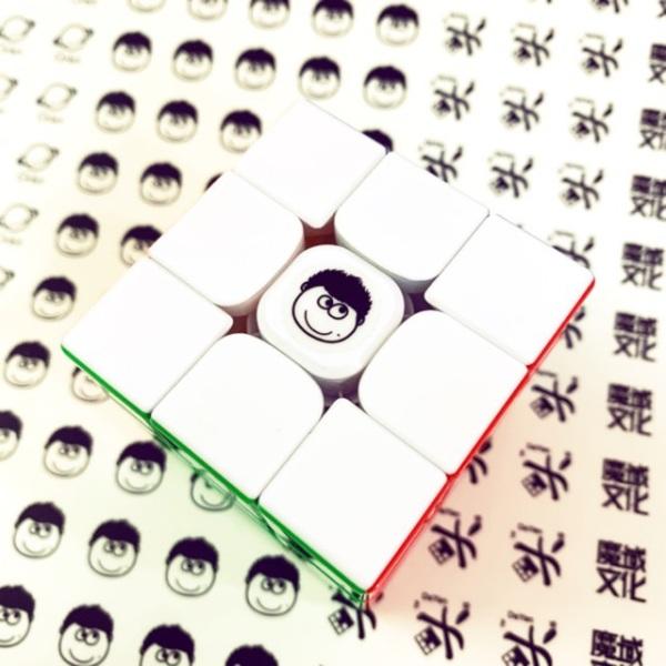Sticker Logo Dán Rubik Combo 3 Chiếc Trong Suốt Loại Siêu Đẹp - Sticker Dán Rubik Cao Cấp