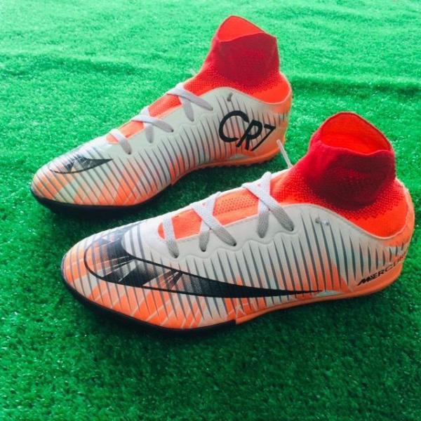 Giày đá banh, giày đá bóng cổ cao CR7: khâu full đế