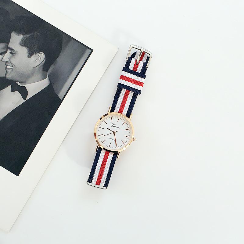 Nơi bán Đồng hồ nữ đẹp tiện lợi dây vải dệt phong cách thời trang Hàn Quốc [Tặng kèm hộp]
