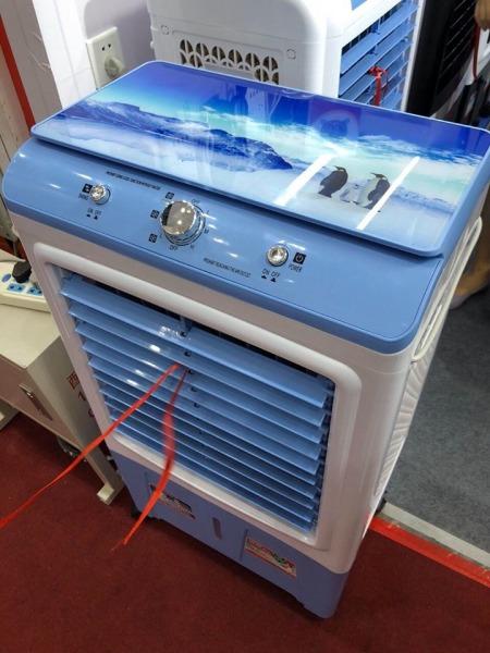 quạt điều hòa hơi nước 40L mặt kính cường lực MÃ YH38A