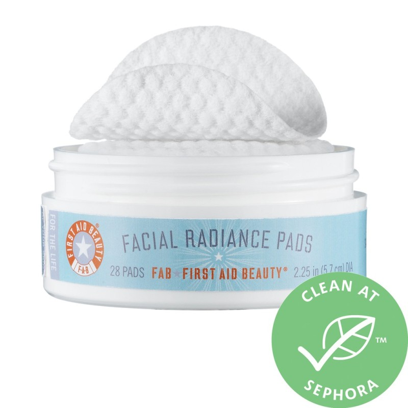 [ First Aid Beauty ] Bông Tẩy Da Chết Facial Radiance Pads