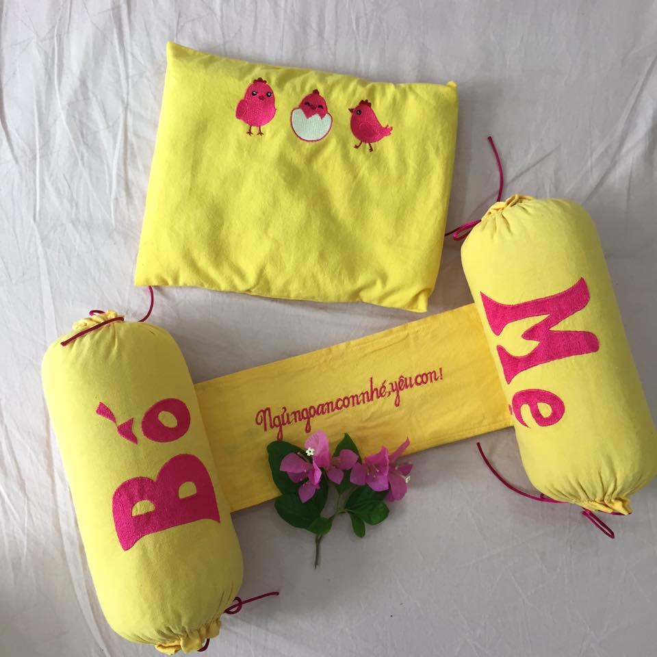 Bộ gối chặn vỏ đậu xanh trẻ sơ sinh handmade H2C-vàng