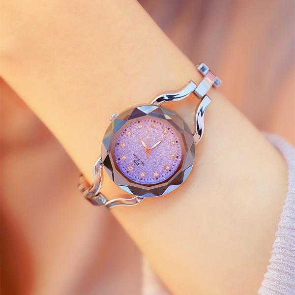 Đồng hồ nữ DYOSS & XBEAUTY mặt kính 3D, mặt đồng hồ kim tuyến đính đá, thiết kế trẻ trung, sang trọng. Đồng hồ nữ đẹp, cá tính, thời trang. bán chạy