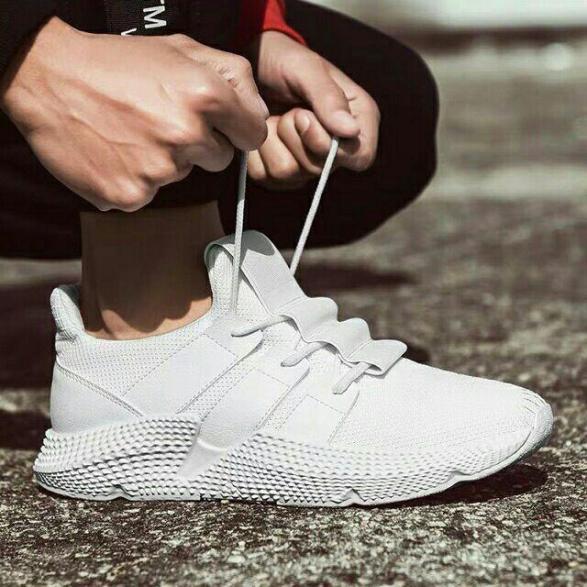 Giày thể thao đế bánh mì Nam 2 màu đen trắng Mixteen Store giá rẻ