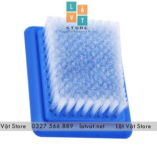 Bàn chải nhựa chuyên dụng làm đệm chọc len cho người chuyên nghiệp, hàng SKC chính hãng.