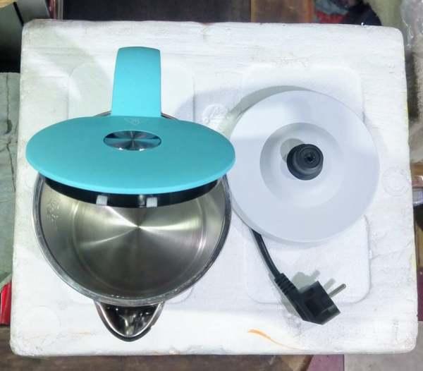 Ấm nấu nước siêu tốc Panasonic NC-HKD121 W màu trắng