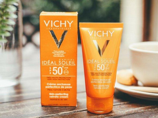 [SALE XẢ HÀNG] Kem chống nắng dành cho da dầu - SENCHARM - Tuýp 50ml kiềm dầu hiệu quả - chỉ số chống nắng SPF50 PA+++ bảo vệ da suốt cả ngày