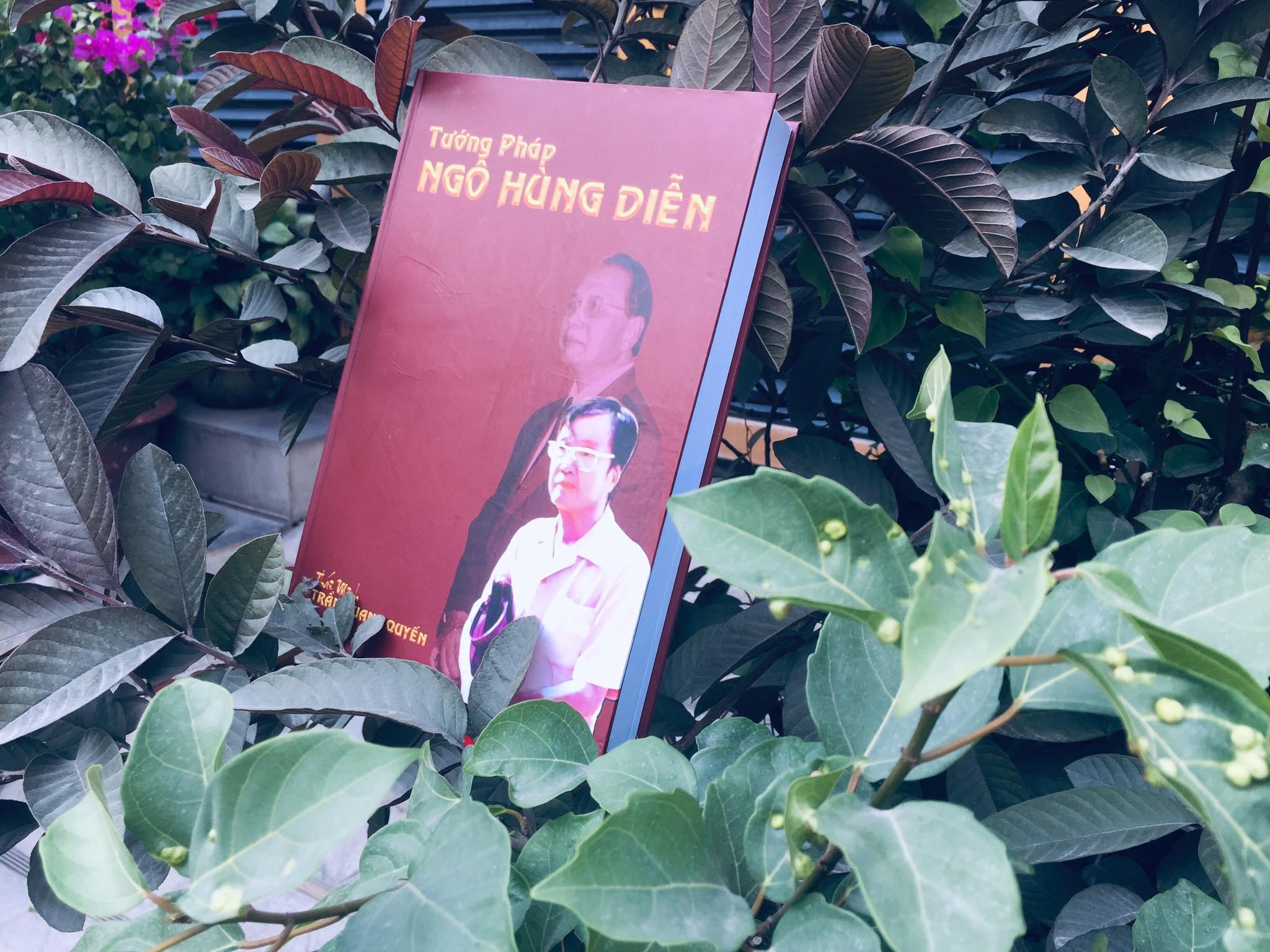 Tướng Pháp Ngô Hùng Diễn - Trần Quang Quyến - Một Tác Phẩm Kinh điển Về Xem Tướng Của Một   THẦN TƯỚNG  Người Việt Giá Giảm