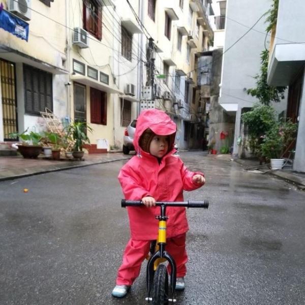 Bộ Áo Mưa Trẻ Em Chống Thấm Cao Cấp Khánh Chi (Bảng Size Theo Cân Nặng Chiều Cao Ở Hình Bên Cạnh)