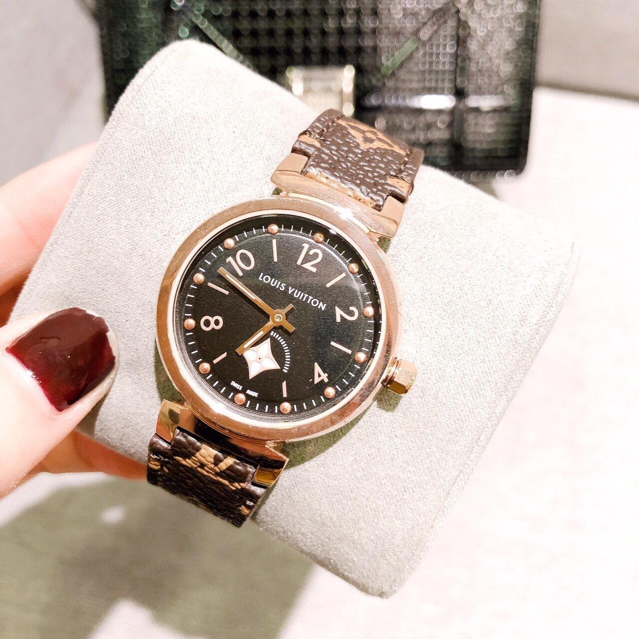 Đồng hồ thời trang nữ Louis vuitton LV001 Cao Cấp bán chạy
