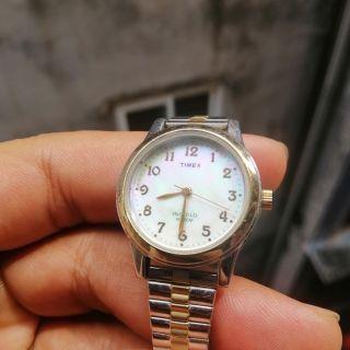 Đồng hồ nữ hiệu TIMEX của Mỹ thumbnail