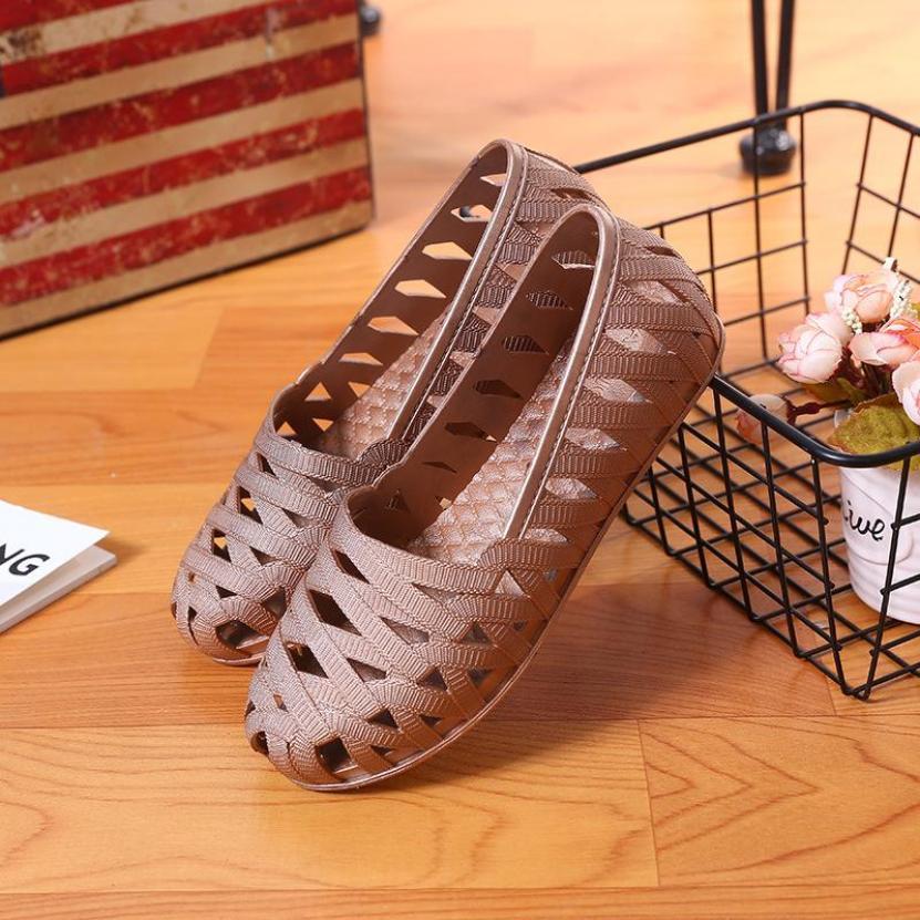 Giày đi mưa ,giày đi biển size 36 đến 40 form chuẩn chống trơn trượt, đế bằng, phù hợp cho mùa hè V163 giá rẻ