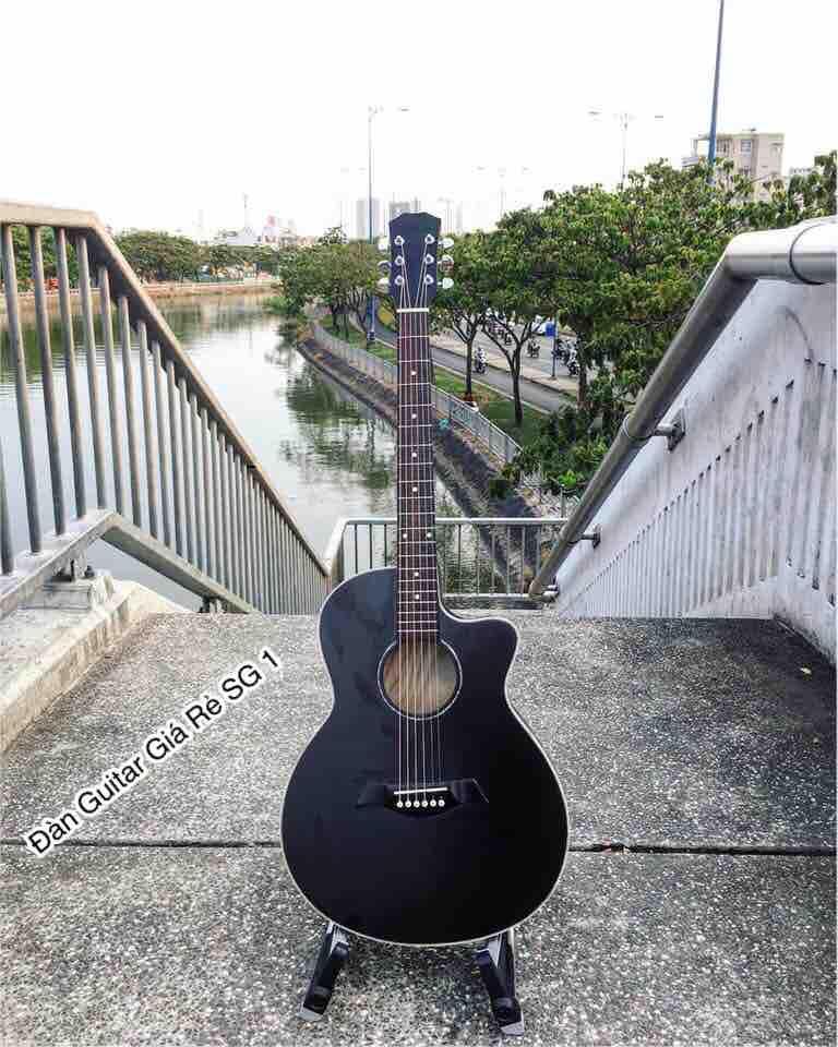 Đàn guitar Acoustic có ty, khóa đúc, viền chỉ trắng