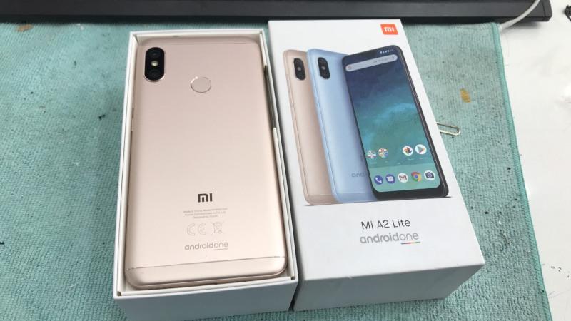 Điện thoại Xiaomi A2 Lite