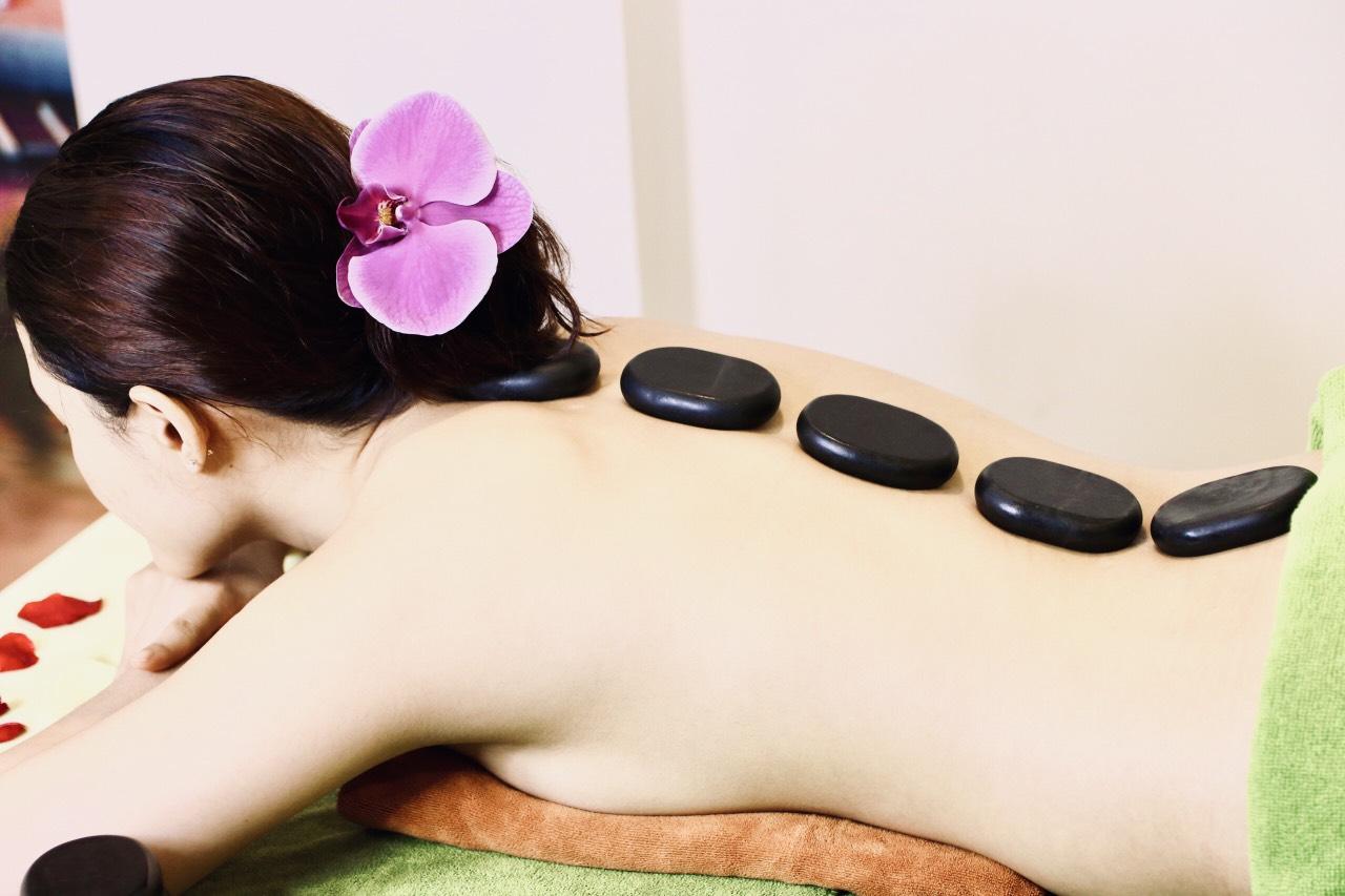 [HCM] - Voucher Massage Body Đá Nóng + Xông Hơi 90 Phút Tại Viện Thẩm Mỹ Quốc Tế Bena Rose