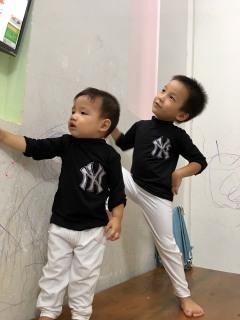 áo thun dài tay cho bé trai bé gái 7-21kg - chất mềm mát co giãn 4 chiều mặc được quanh năm thumbnail