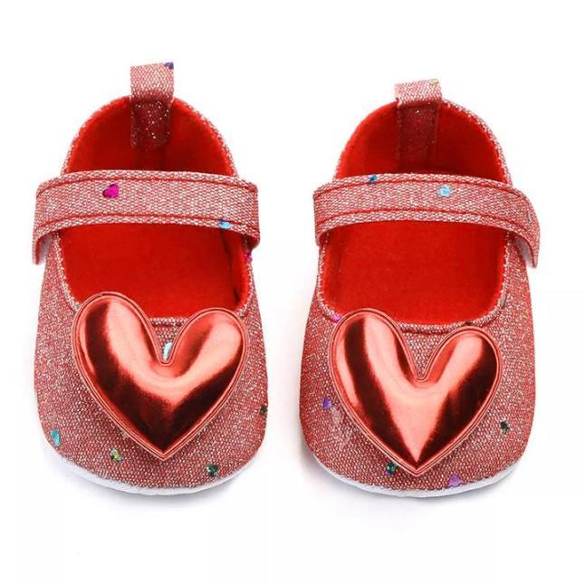 Giày tập đi chống trượt phối kim sa lấp lánh cho bé gái 0-18 tháng tuổi đính trái tim lung linh nổi bật BBShine – TD27 giá rẻ